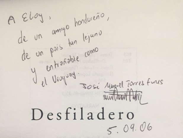 Libro escaso y firmado por el escritor José Manuel Torres Funes